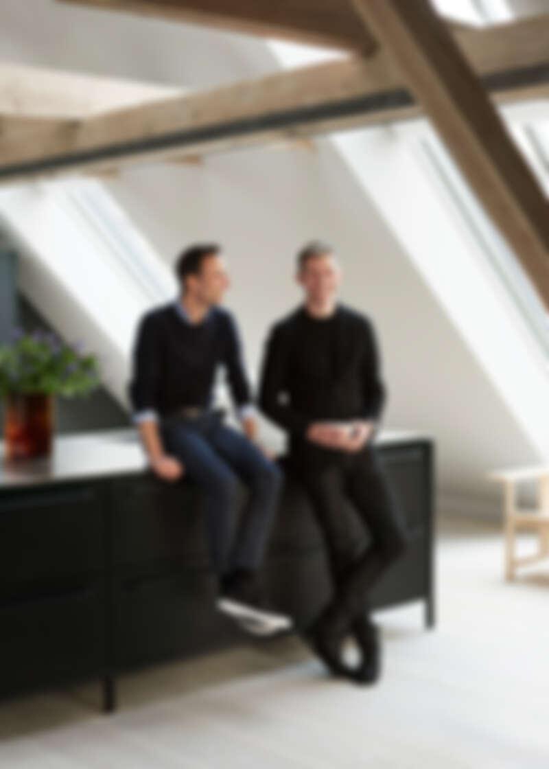 (右)VIPP 設計總監 Morten Bo Jensen。