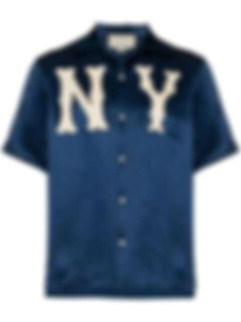 近年不少精品都以保齡球衫的元素為設計靈感