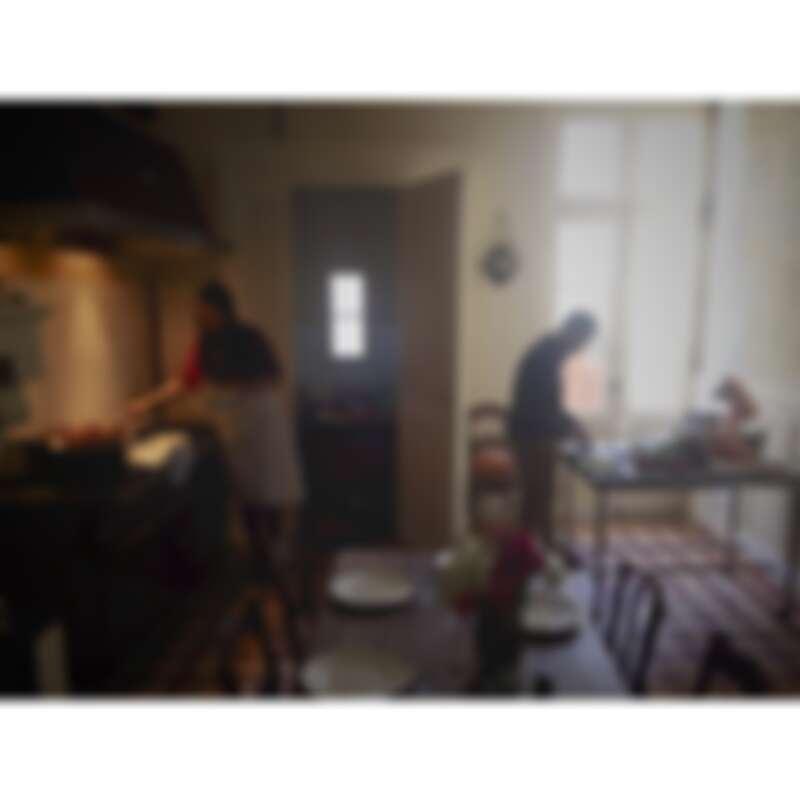 爐台後有處理備菜的空間(Photo by @mimithor)。