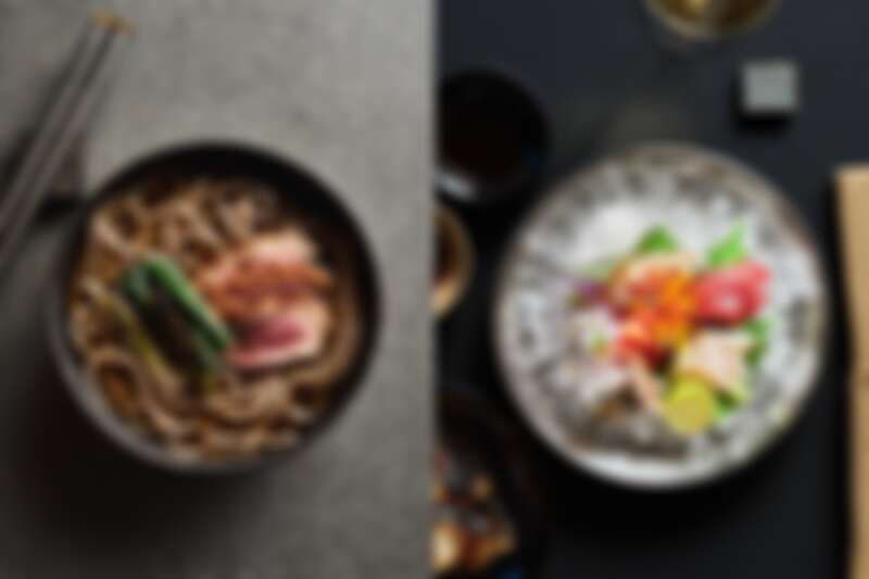餐點有著濃厚的日本風味,生魚片跟蕎麥片都吃得到。