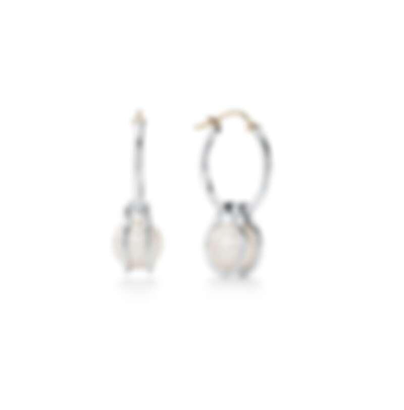 Tiffany HardWear系列純銀鑲淡水養殖珍珠珍珠(直徑 8.5-9 毫米),售價NT28,500