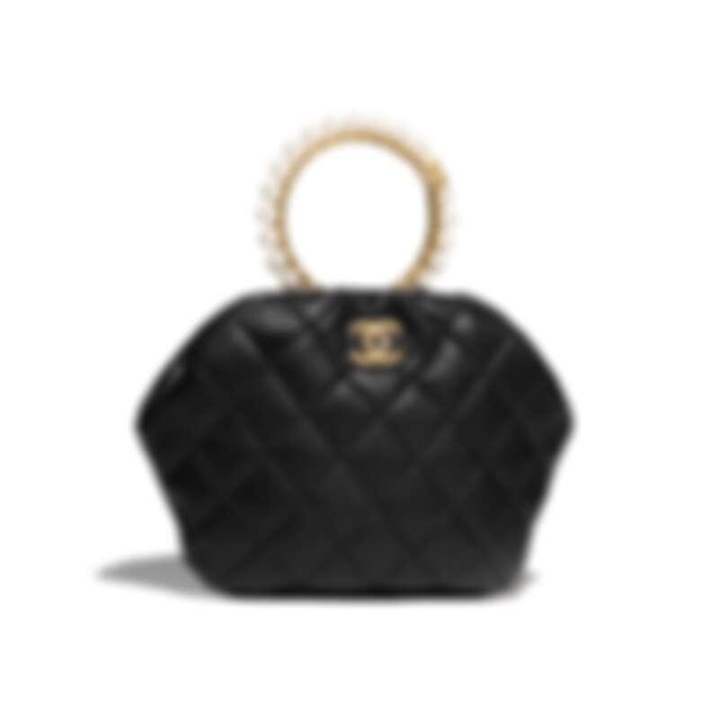 黑色皮革幻象珍珠皇冠造型提把包,NT127,500