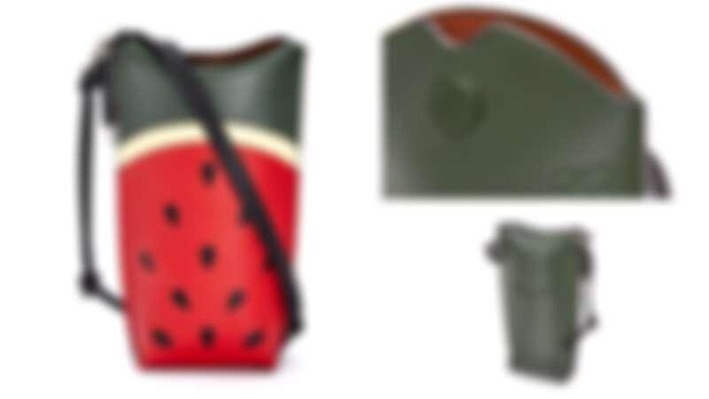 Loewe Gate紅色小牛皮西瓜圖案肩背小包,售價NT $30,000