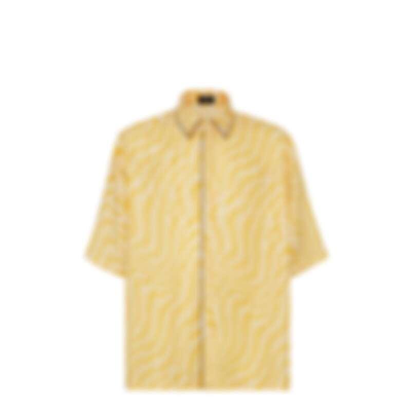 FENDI Summer Vertigo 聯名系列亮黃絲質襯衫,NT39,000。