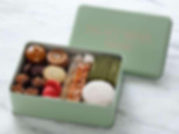 餅乾禮盒日幣4,320元(含稅)。