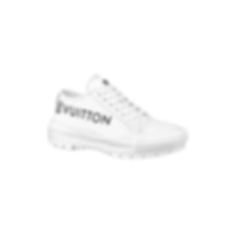 Louis Vuitton LV Squad系列帆布鞋,NT31,000