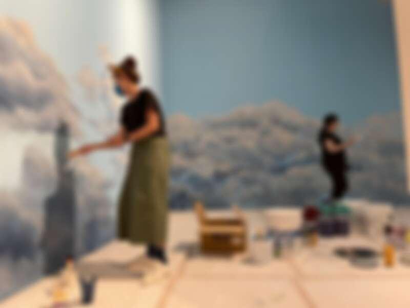 《蒂姆.沃克:美妙事物》展場正在緊鑼密鼓地準備中。圖奇美博物館提供