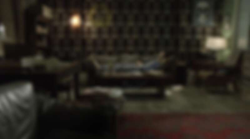 《新世紀福爾摩斯》主角福爾摩斯家中也可看見 Moon 的身影。