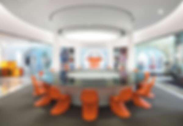《醜女貝蒂》裡頭時髦未來感的會議室裡頭使用的就是 Panton Chair。