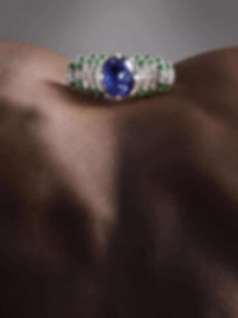 Parhelia 藍寶石、祖母綠、鑽石與黑色真漆戒指