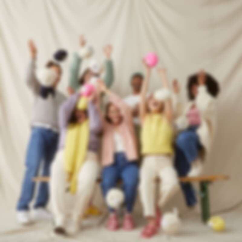 Wool And The Gang 是英國時髦年輕的編織品牌。