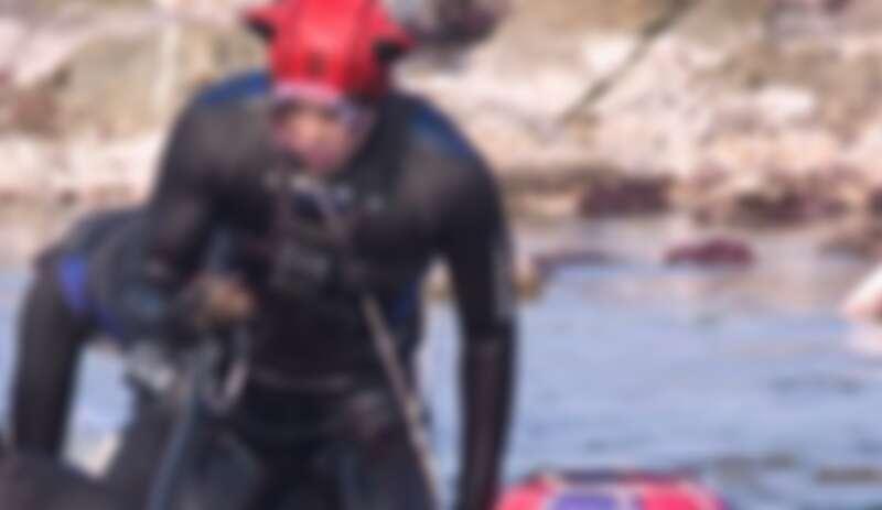 金宣虎 《海村岸恰恰恰》「洪班長」的熱血海洋子 Look 有毒