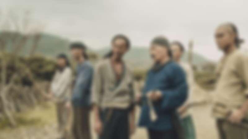 《斯卡羅》吳慷仁(左三)、雷洪(左四)同台飆戲