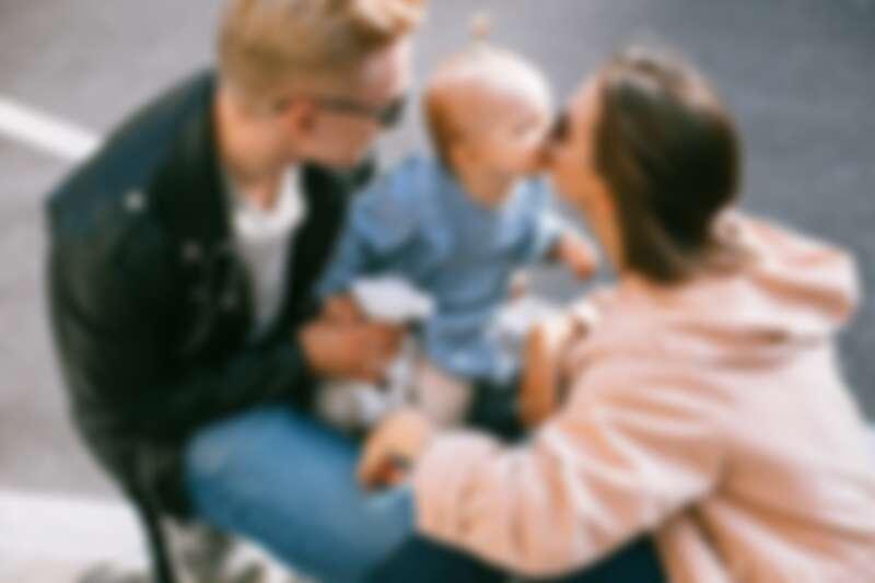 ▲別拿伴侶的家庭作業來寫。(示意圖 / 翻攝自Pexels作者Katie E)