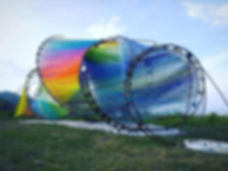 東海岸大地藝術季 林淑鈴作品《山是凝結的浪.海是流動的光》
