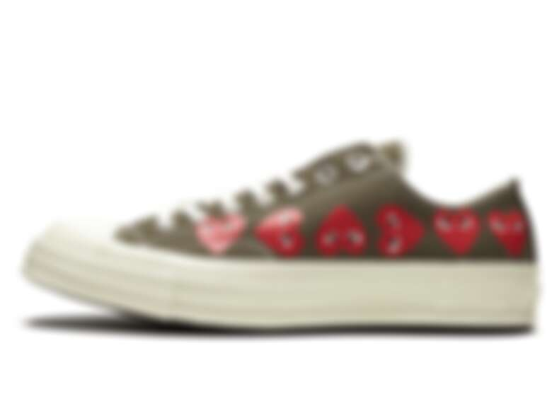 Converse X CDG Play愛心帆布鞋,可以透過球鞋選品或代購買到。