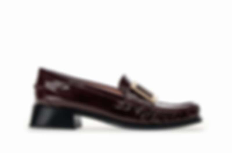低跟漆皮樂福鞋,Roger Vivier,價格店洽。