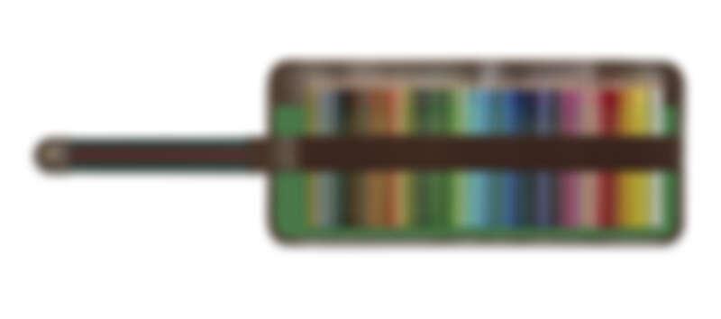 GG緹花40隻六邊形雪松木彩色鉛筆組,NT27,400。
