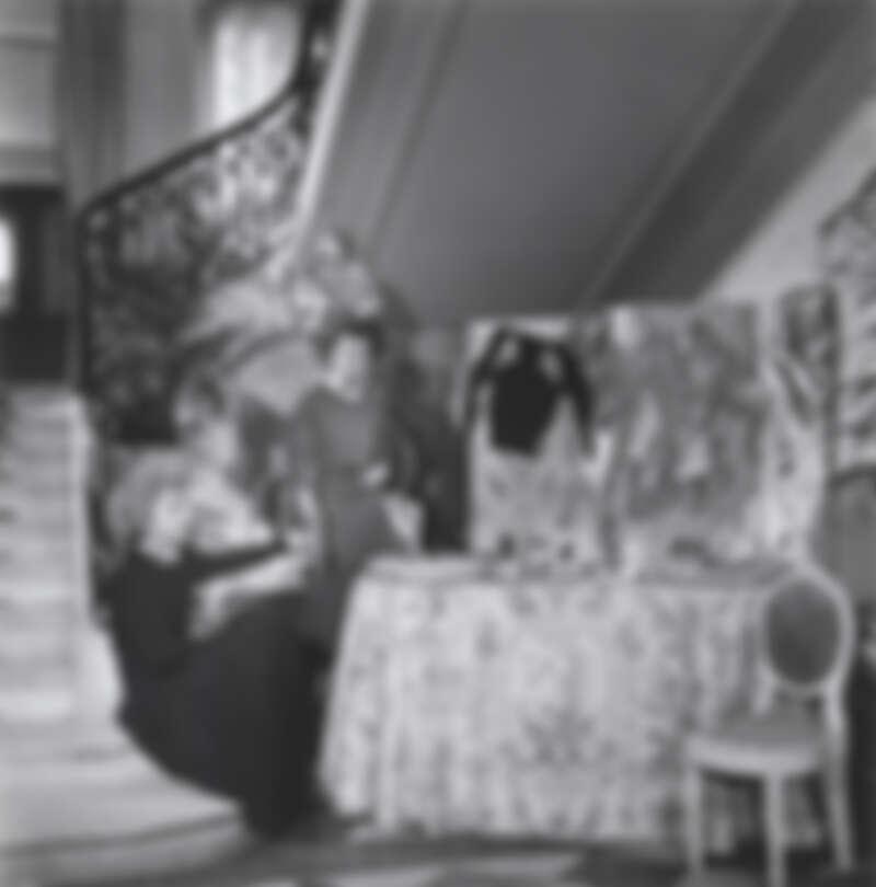 路易十六風格圓背椅。