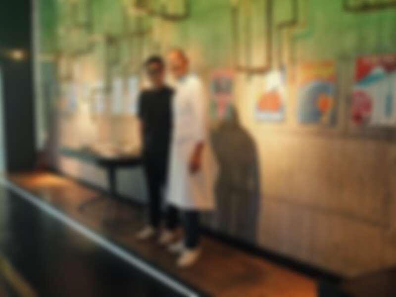 「World Tour III」發表現場,主廚江振誠與視覺統籌劉耕名導演。