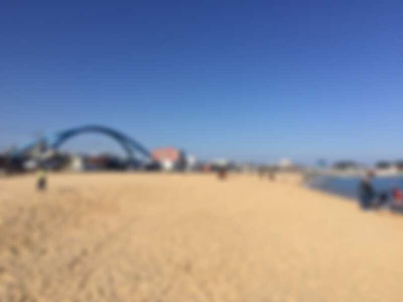 韓國束草的阿爸村沙灘。