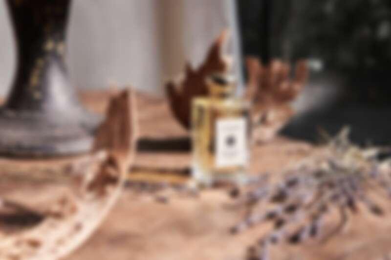 Jo Malone London白樺木與薰衣草香水2021年回歸加入常態白瓶系列。