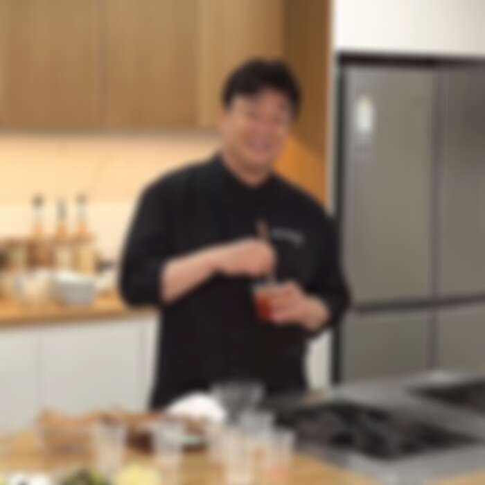 白老師的調味料以杯子為單位來做計算。