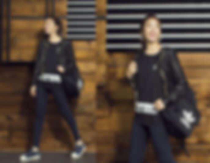 黑色T恤,NTD $1,290/ leggings,NTD $1,290/ Superstar繃帶鞋,NTD $3,290;以上皆為adidas Originals(皮夾克為編輯個人私物)