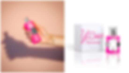桃紅色外衣繫上淘氣小熊腰帶更加俏皮!TOUS推出全新香氛「淘醉時氛女性淡香水」