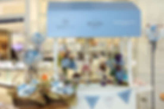 """2019開春最浪漫、最矚目的聯名時尚「花見幸福」限量禮盒,你的超犯規夢幻新年送禮選就是""""它""""了!"""