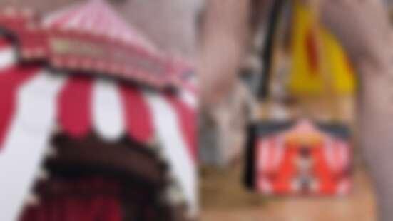魔術大師、雜耍員、馴獸師...Jeremy Scott操手的Moschino就是這樣詭誕有趣!