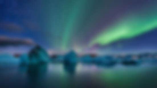 全世界最浪漫的旅遊地點!跟所愛之人一起去冰島看極光吧