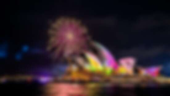 澳洲衝一波!煙火、燈光和胡迪和巴斯光年,長3公里的閃耀絕美光廊就在「2019繽紛雪梨燈光音樂節」!