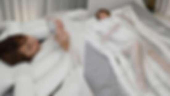不用再失眠啦!日本推出「烏龍麵」造型棉被,解決踢被子困擾,既保暖還能提升睡眠品質