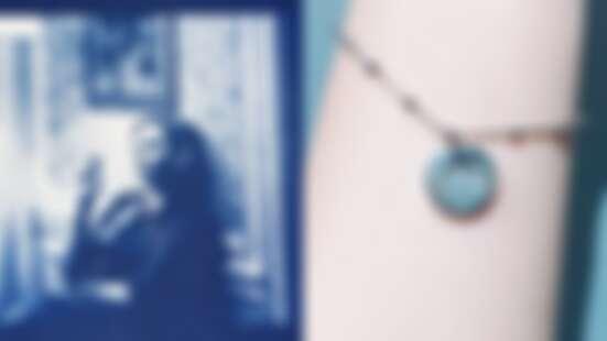 【玩咖懶人包】文青必逛高雄駁二特區!把自己照片洗成懷舊藍曬圖、打造獨一無二「指紋」銀飾