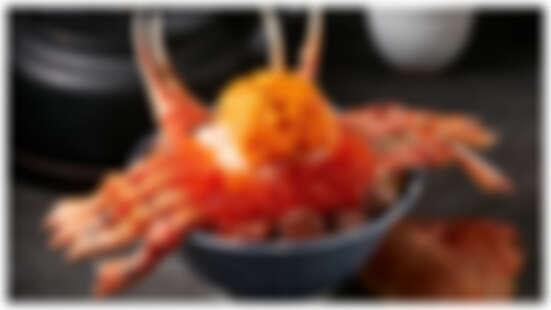 開丼全新3大菜單太犯規!整隻松葉蟹搭配角切牛排丼,滿滿蟹肉、蟹膏、海膽每日限量20份