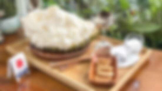 【台中美食】超狂的「榴槤雪花冰」整顆新鮮榴槤吃的到超濃郁果肉,最狂的消暑聖品在這裡