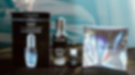 週年慶一堆組合好慌張!人生必買「小黑瓶」光速讓肌膚美到失控,一瓶打趴桌上瓶瓶罐罐,現在就直接凍齡到未來!