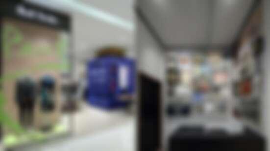 儼然是個小型博物館!把Paul Smith先生收藏畫作、時鐘變成展示品,全新Paul Smith門市開在這邊
