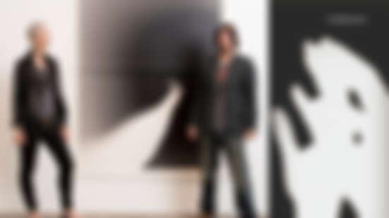 一窺基努李維與女友Alexandra Grant的創作結晶!圖文書《Shadows》滿滿「基哥」剪影與絮語