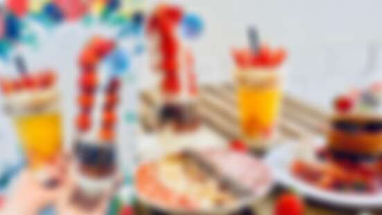 超吸睛!Meat up推出4款超浮誇「草莓甜點」登場,草莓界的101來了