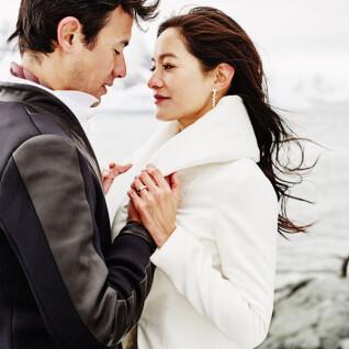 Janet與George南極夢幻婚禮 以DIAMOND BANK婚戒立下誓言