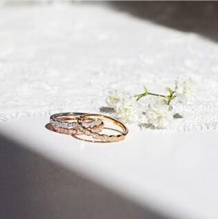 閃閃百合花朵點綴婚訂珠寶!小資新人也適合的Hearts On Fire Liliana輕奢風婚戒