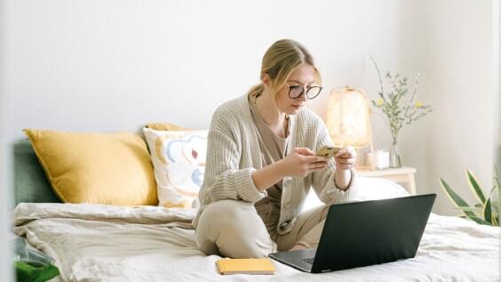 居家工作效率好低?百萬粉絲名師傳授「提升專注度4招」,學習時間規劃、建立儀式感,助你每天準時下班