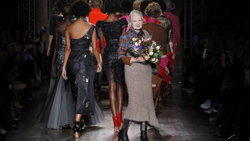 【倫敦時裝週】龐克教母玩興大開 Vivienne Westwood帶大家進入歷史與現代的文化衝突