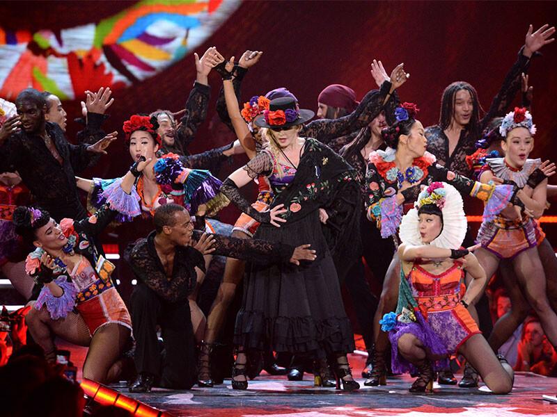 就是明天!天后瑪丹娜將披上GUCCI打造的華麗舞台裝開唱