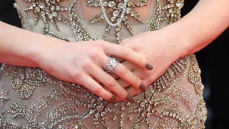 直擊坎城紅毯!珠寶名家教你搭配珠寶重點