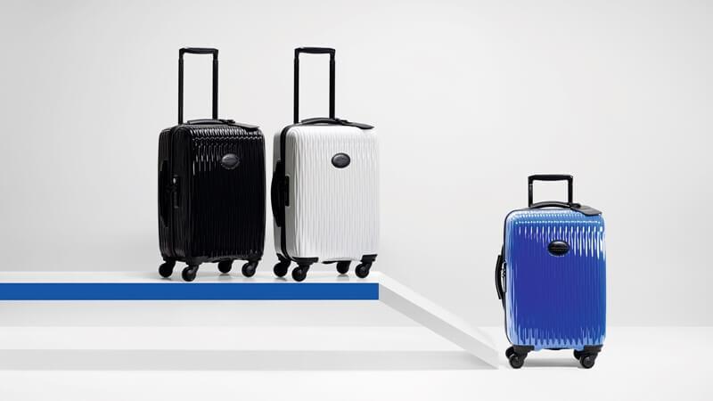 靛藍 x 金屬太空灰!Longchamp羽量硬殼行李箱推出時尚新色