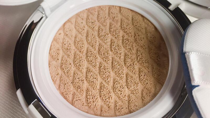 氣墊粉餅再升級!LANEIGE水聚光淨白氣墊粉霜、毛孔柔焦氣墊粉霜終於亮相!