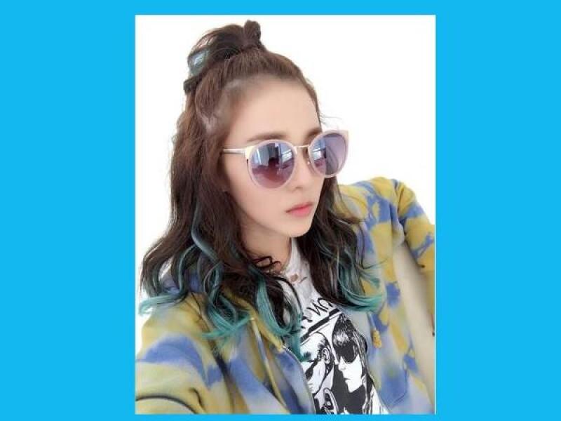 太陽是否有點太刺眼?等什麼?趕緊戴上你的時髦夏日穿搭小物,太陽眼鏡!!